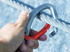 Innerbetrieblicher Prüfer für PSA gegen Absturz